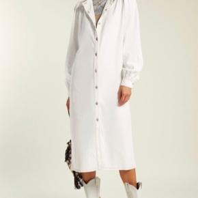 Ganni kjole i rigtig god stand  Sælges hvis jeg får den til ønsket pris Mp 1200
