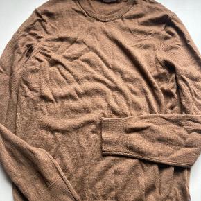 No7 sweater