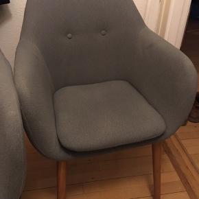 Spisestol fra Biva (den anden stol er solgt). Den kan også bruges som lænestole. Skal afhentes i Nordvest.