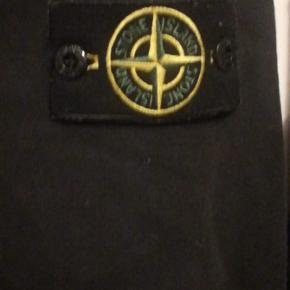 Stone hoodie XL cond 8/10 bought here on Trendsales but it fits L. Mp 800 bin 1000