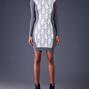 ✨🎄🎁 beautiful dress with hourglass shape lace