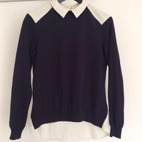 Super fin skjorte/trøje fra H&M. Front i 50% uld, bagstykket i polyester. Str. 36
