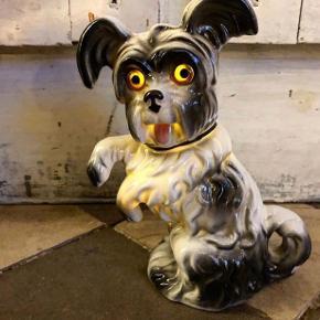 Så fin hund/ ozon lampe , den er uden ledning , selv brugt den med lyskæde inden i