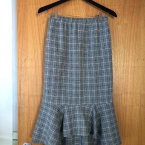 Helt nye nederdel fra 2nd One str. S