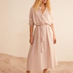 Mango Heracles Dress pale pink, size M, New With Tags