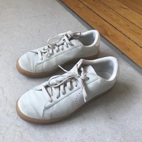 Meget lidt brugt Nike Tennis Suede creme 9/10