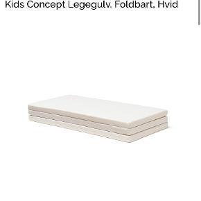 Legemadras fra KidsConcept. Foldbar. Hvid.