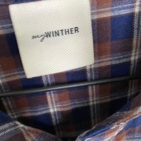 Overvejer at sælge en oversize skjorte fra my Winther/ Karina Winther.   Skriv endelig💛
