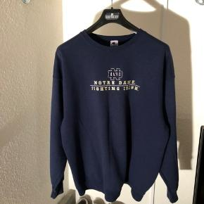 Mega fed vintage champion sweatshirt