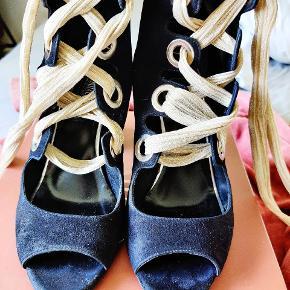 Oxitaly heels