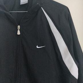 Vildt lækker jakke fra Nike