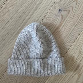 Zara hat & hue
