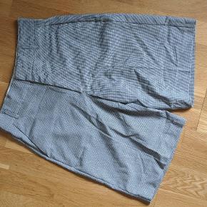 Fine shorts fra Zara str small. I tern  Se billede
