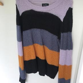 Desires sweater