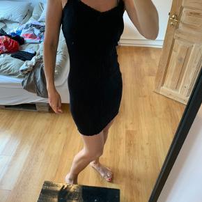 Soft Rebels anden kjole & nederdel