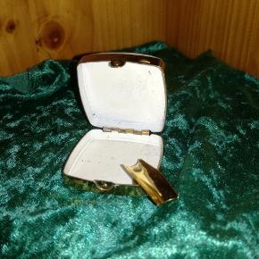 Lille smart rejse askebæger sælges, det har ikke været brugt!