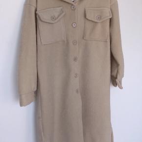 Moca Clothing frakke