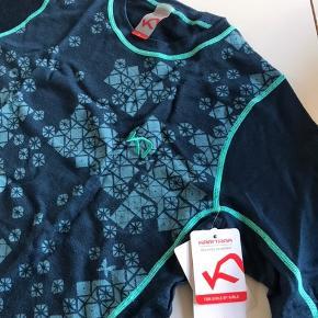Smuk bluse til træning løb og gå Ture den er så lækker mvh wisper54