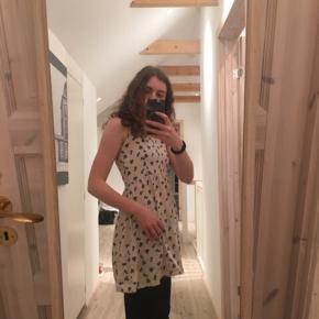 Fin sommer kjole med lynlås i ryggen  #30dayssellout