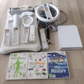 Wii - Det har bare stået, er blevet brugt få gange. Alt tilbehør høre med.  Ved hurtig handel, er jeg til at forhandle med