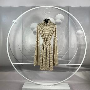 Chanel kjole