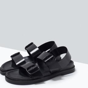 Super fine sandaler fra Zara Basic Collection med utrolig god komfort. Aldrig brugt.