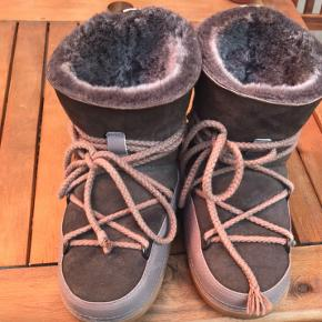Inuikii støvler