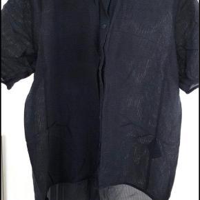 Lækker skjorte bluse fra Cos Længere bagtil   #GøhlerSellout