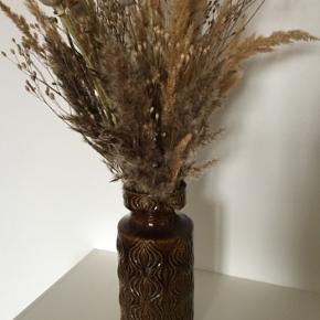 W. Germany 285-23 vase uden skår. Måler 23 cm