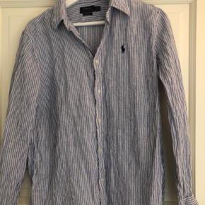 Stribet Ralph Lauren skjorte Pris: 150kr