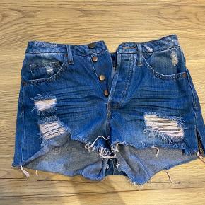 Hm shorts  Str 34 35kr