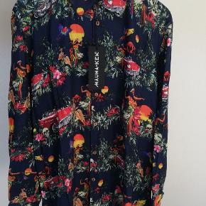 Mauna Kea skjorte  Størrelse M  Aldrig brugt, ny med tags på