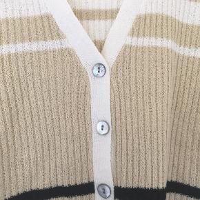 OBS trøjen er ikke fra & other stories