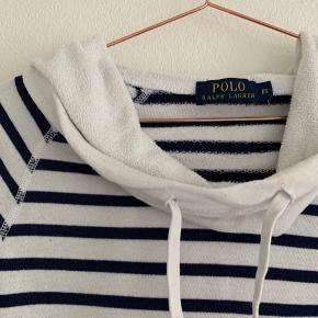 Fin hætte trøje fra Ralph Lauren brugt nogle gange, men i god stand🌼