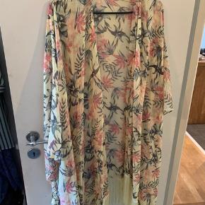 Strand kimono