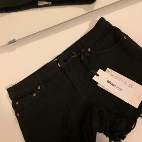 Shorts fra gina tricot i str. xs sælges. Aldrig brugt