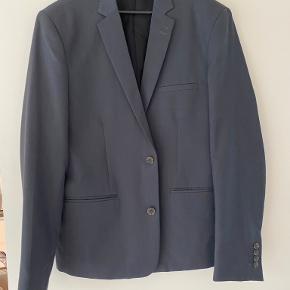 Suit habit