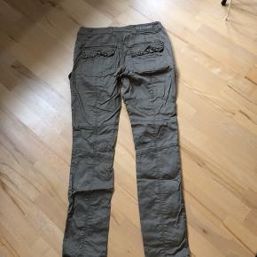 Bukser Str 34
