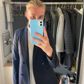 Smuk blazer fra H&M Byd gerne Fri levering i København