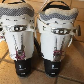 Støvlerne sælges da jeg har fået nye støvler