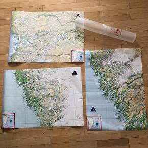 3 plakater kort over Grønland sendes i rør alle tre 75kr ex Porto