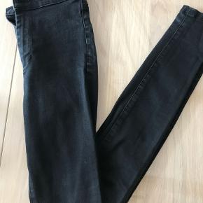 Denim & Co. jeans