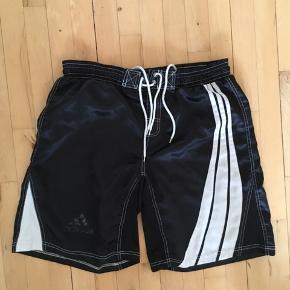 #30dayssellout #adidas #shorts Adidas Bokseshort Str. Large  Kan også afhentes i Kbh.