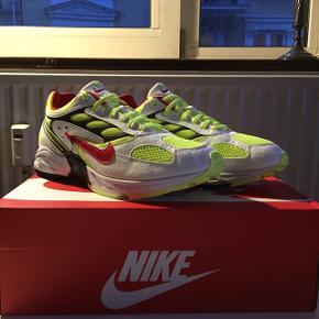 Nike Air Ghost Racer  Mindstepris 600kr Køb nu 750kr  Skriv gerne, hvis i har spørgsmål til sneakeren eller forslag til prisen :)