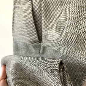 Alberta Feretti cropped trousers from Lot29  Beautiful material  Never worn  Original price 4500dkk  Mp 900dkk
