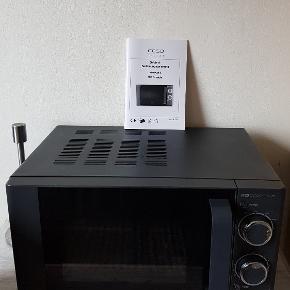 Microovn pæn som ny  Sælges pga flytning  Nyoris 899  Pris 250 kr