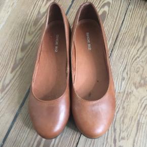 Shoe biz ballerina i læder. Str 39. Brugt lidt.