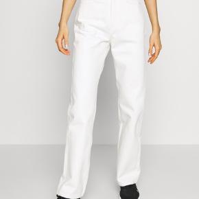 Sælger hvide rowe jeans i størrelsen 29/30