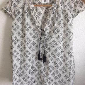 Meget fin boheme skjorte i fin stand !