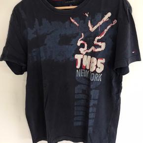 Fed t-shirt str. L. Købt i USA, så 100% ægte.